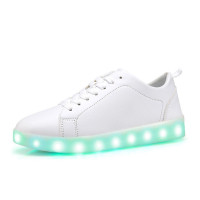 New Fashion Party Wear Black White Color Women Running LED Light Up Dance Shoes for Adults