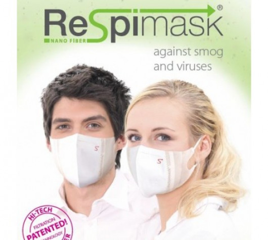Antiviral face mask for adults (smaller face)